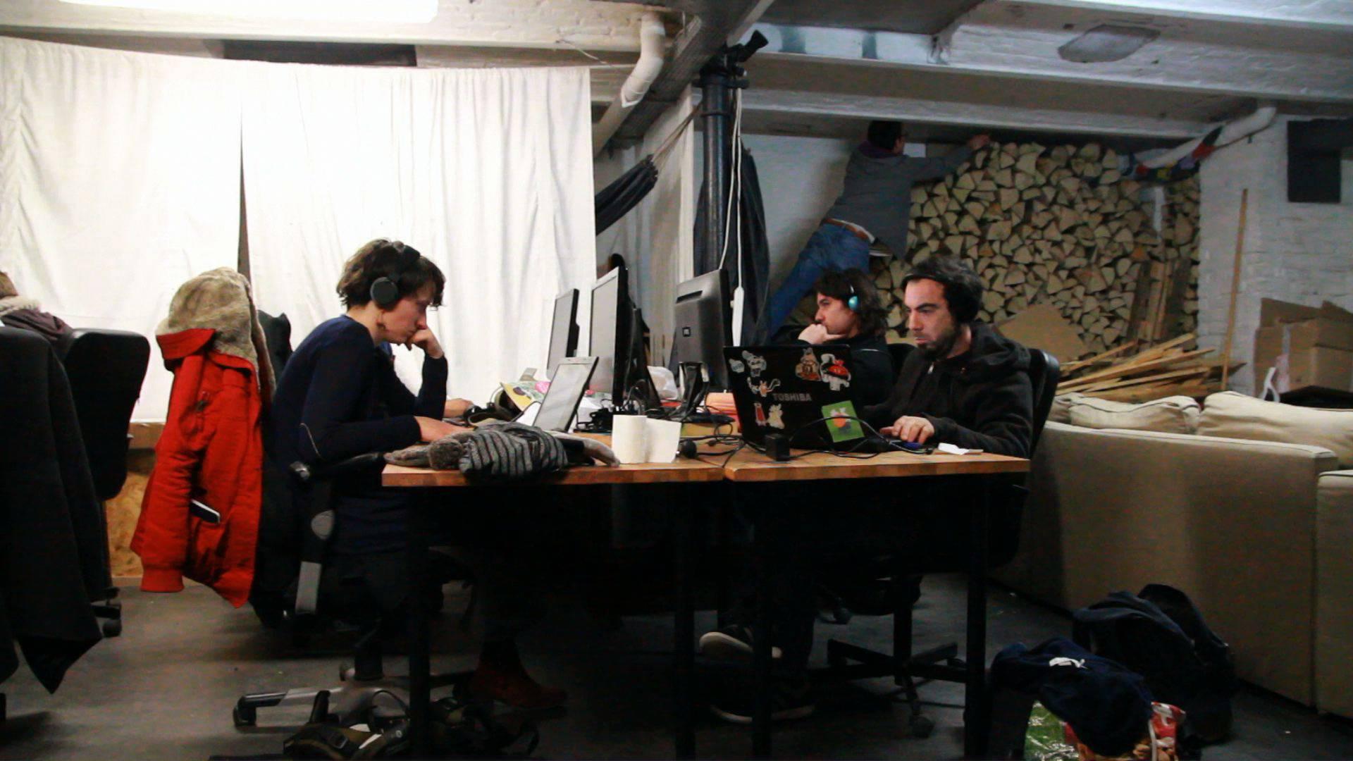 """Un film documentaire sur les tiers lieux : """"Travailler en micro-Osmose"""""""
